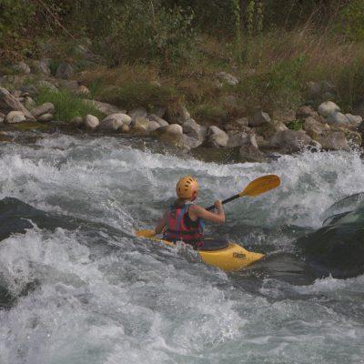 I corsisti più coraggiosi si cimentano nella discesa di divertenti rapide